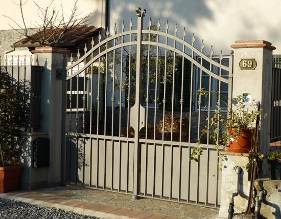 Cancello Esterno Moderno : Cancello esterno ferro d arte