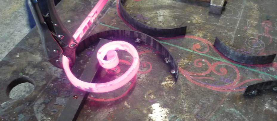 Lavorazione ferro battuto da fabbro artistico