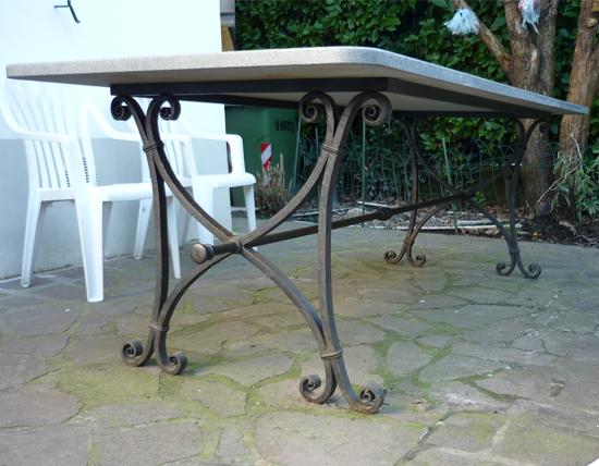 Tavolo In Ferro Battuto Per Esterno : Tavolo esterno ferro d arte