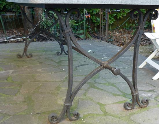 Tavolo In Ferro Battuto Da Esterno : Tavolo esterno ferro d arte